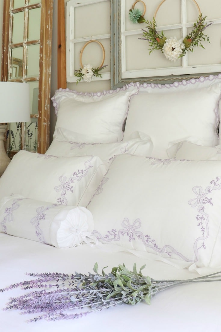 white pillows and bedding for better sleep