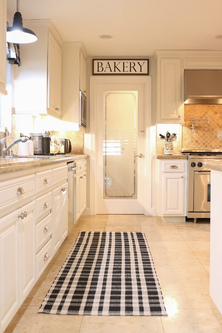 white kitchen cabinets make all the difference