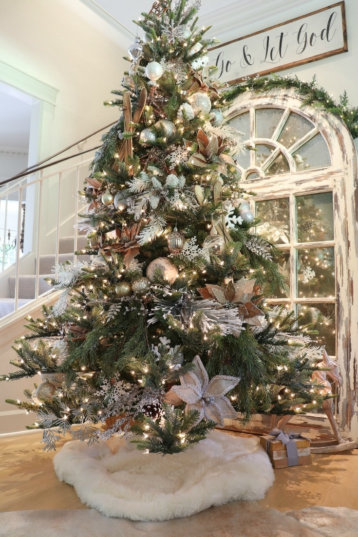 fabulous artificial Christmas tree to love