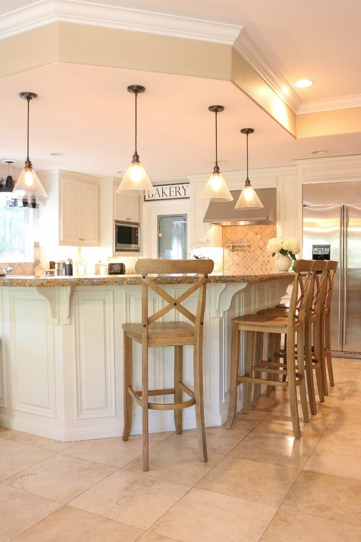 farmhouse kitchen transformation using white paint