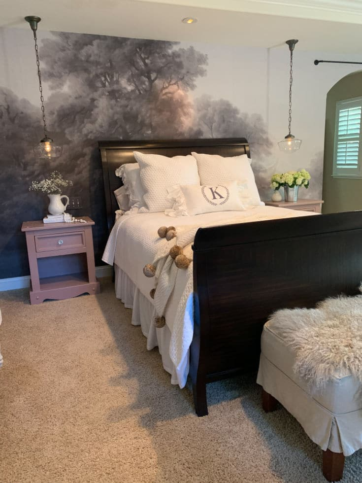 vintage makeover with sleigh bed
