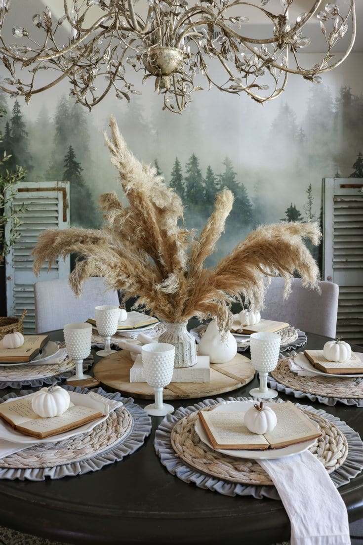 Fluffy neutral pampas grass isn't just for boho decor anymore