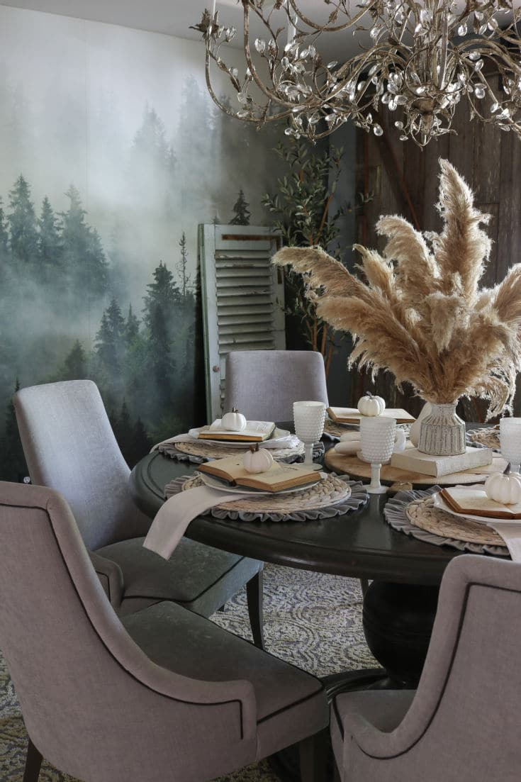 Faux or Real pampas grass is versatile and on trend decoration